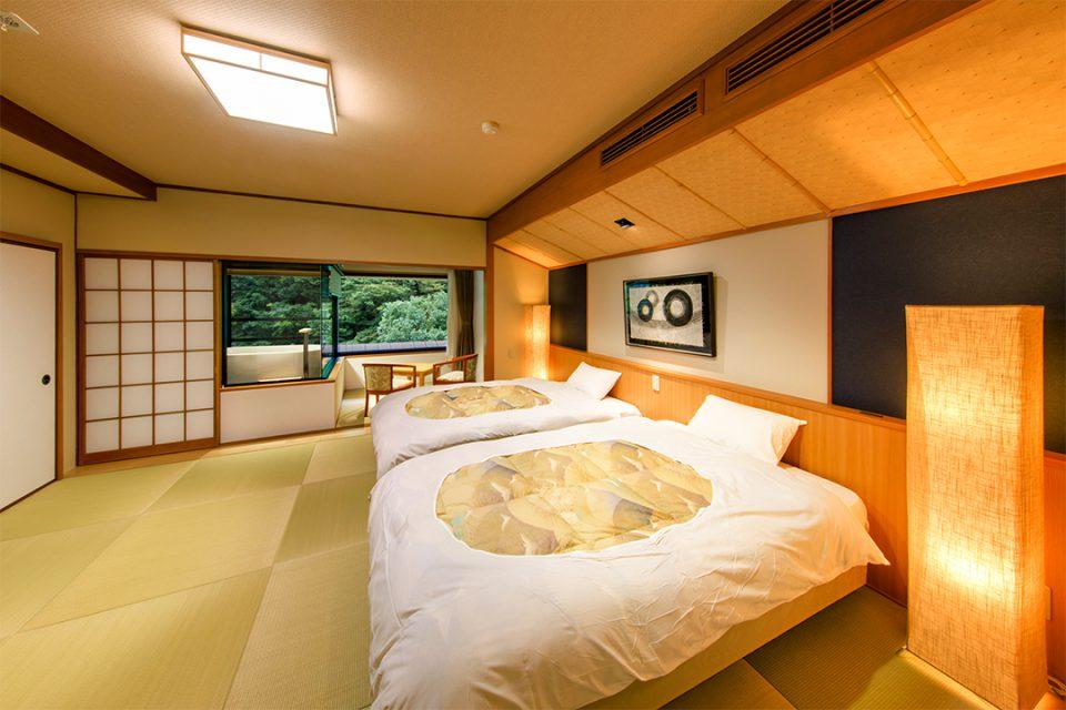 ホテルおくゆもとの露天風呂付き客室2