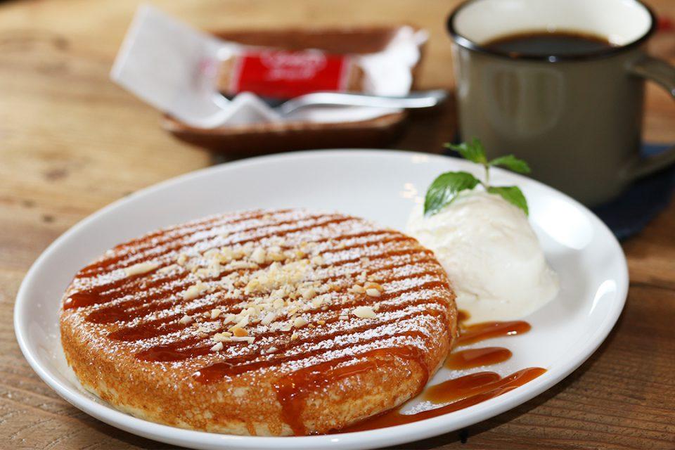 バニヤンツリーコーヒーハウスのマカダミア自家製キャラメルパンケーキセット