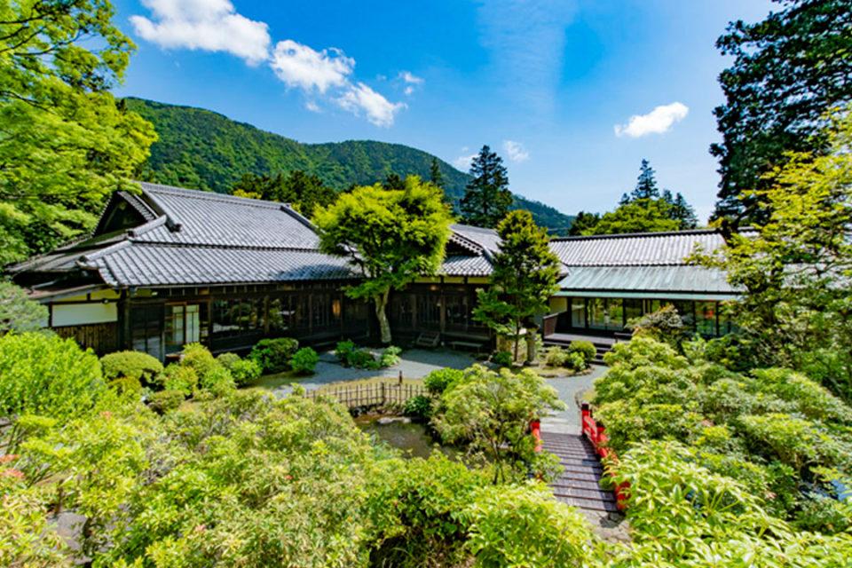 旧御用邸菊華荘の外観