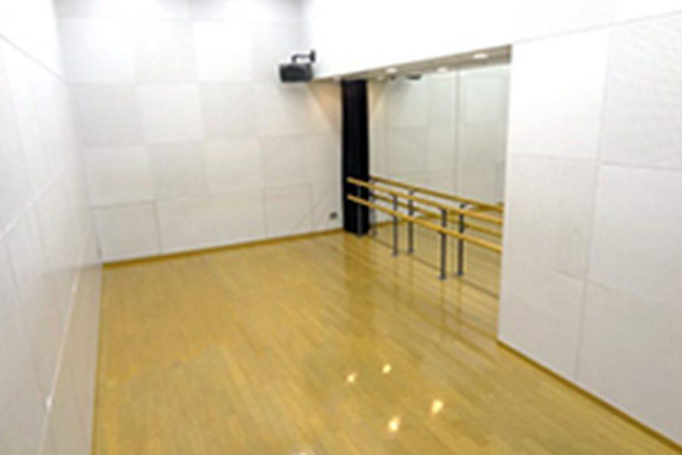 横浜にぎわい座の練習室