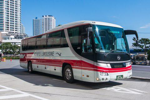 YCATのバス1