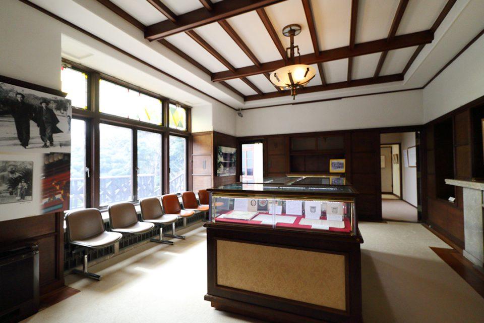鎌倉文学館の展示室2
