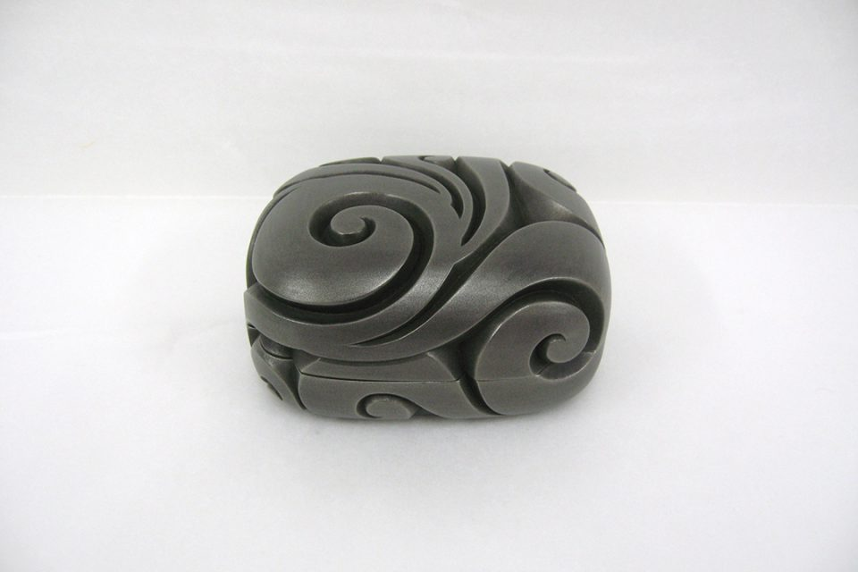 鎌倉彫博古堂の手刳小筥唐草