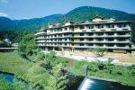 ホテル河鹿荘の外観