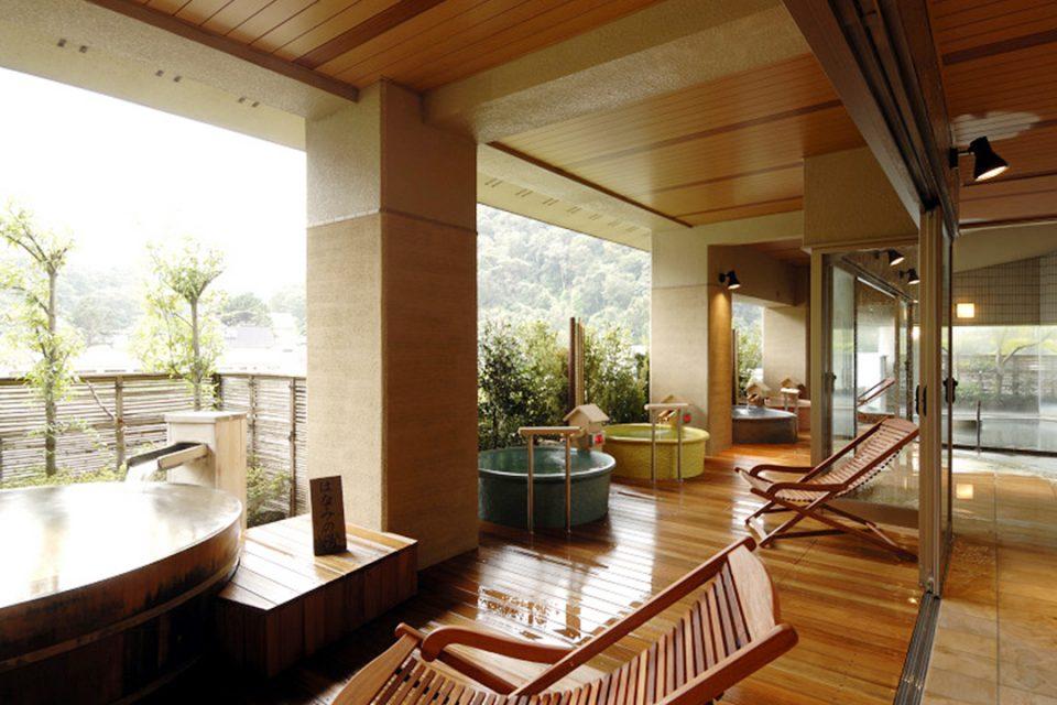 ホテル河鹿荘の展望大浴場