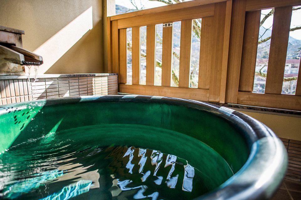 ホテル河鹿荘の客室露天風呂