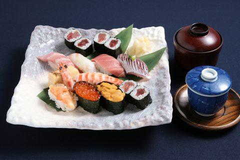 すし処きみの握り寿司3