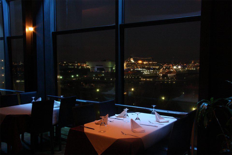 レストラン英一番館の夜景