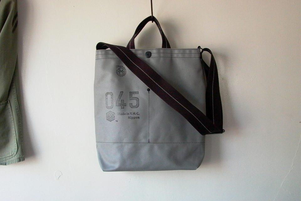 横濱帆布鞄万国橋本店のショルダーバッグ
