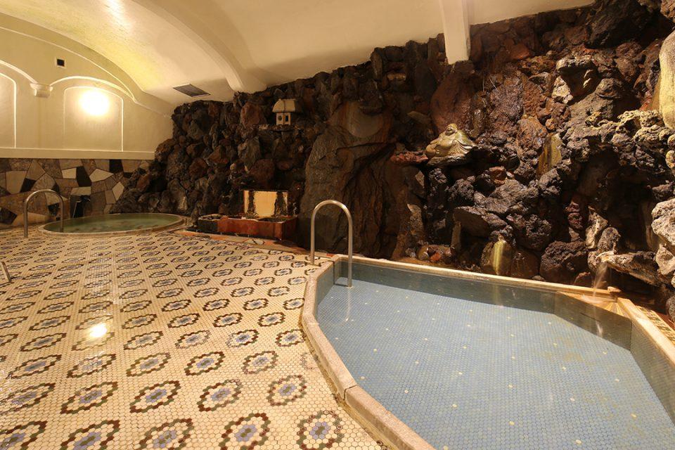 環翠楼本館の大正風呂