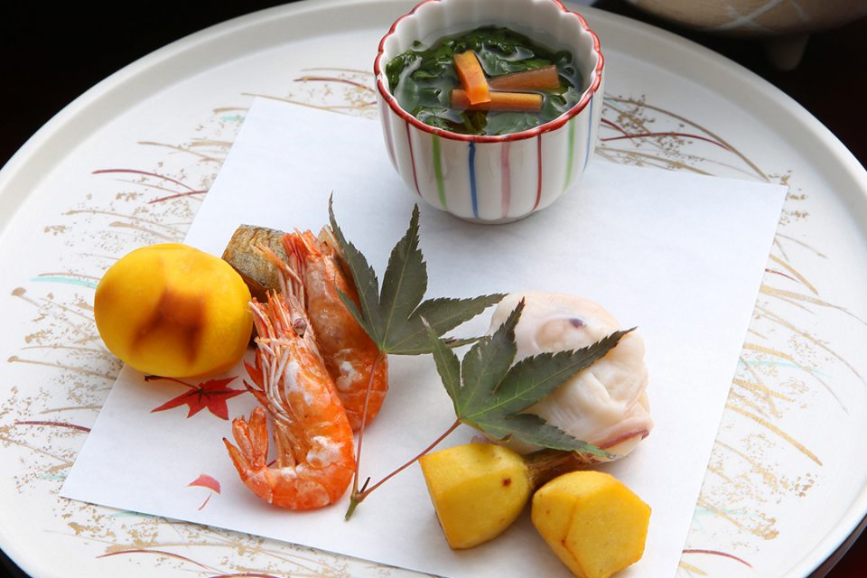 環翠楼本館の料理一例
