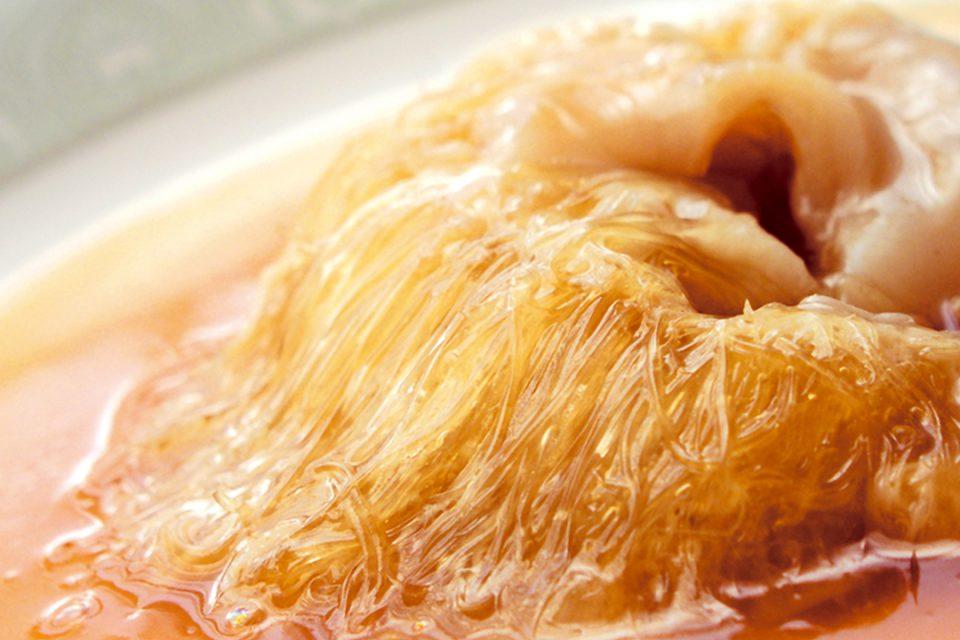 菜香新館のフカヒレの姿煮