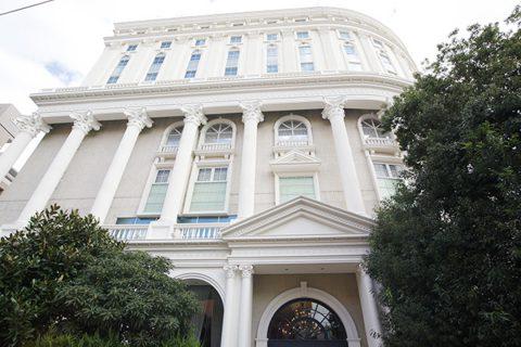 湘南クリスタルホテルの外観