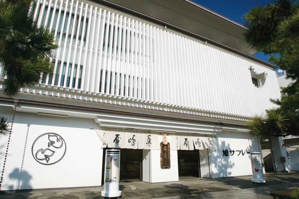 豊島屋本店の外観