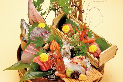 海鮮茶屋魚國のお刺身盛り合わせ