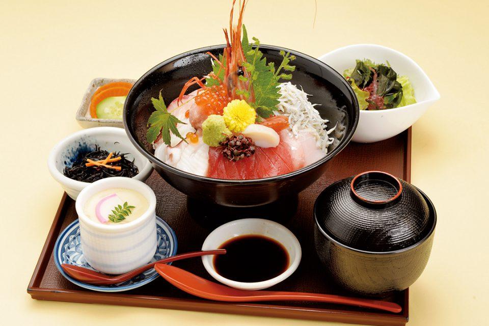 海鮮茶屋魚國の丼1