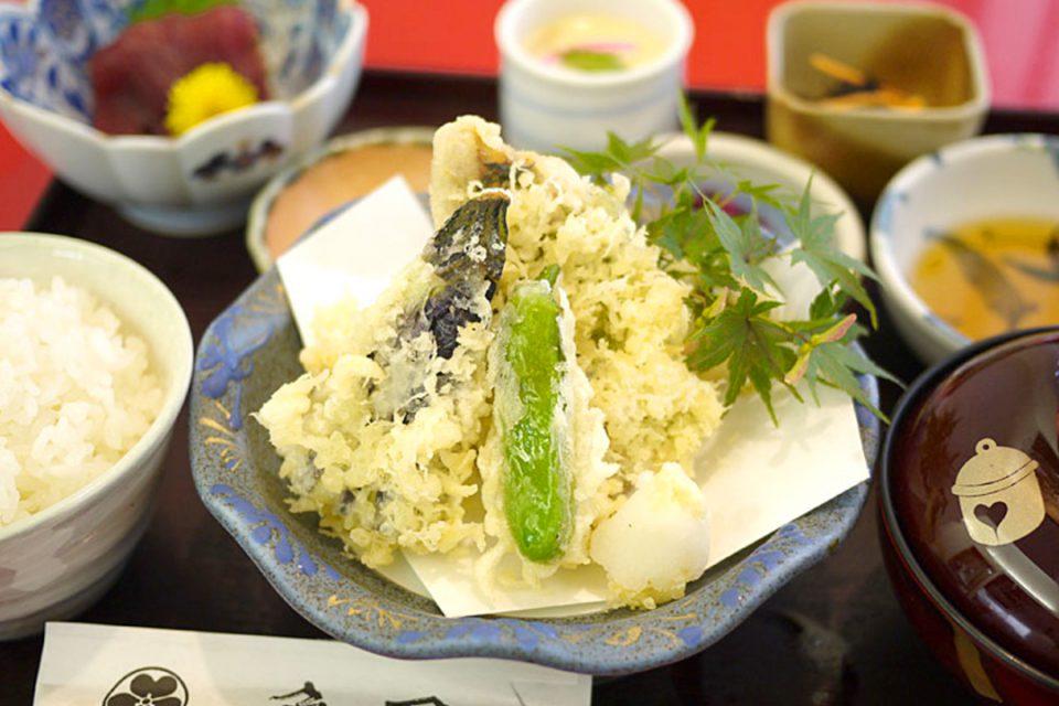海鮮茶屋魚國の天ぷら膳