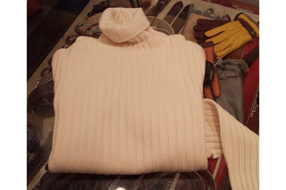 ミズタニのセーター