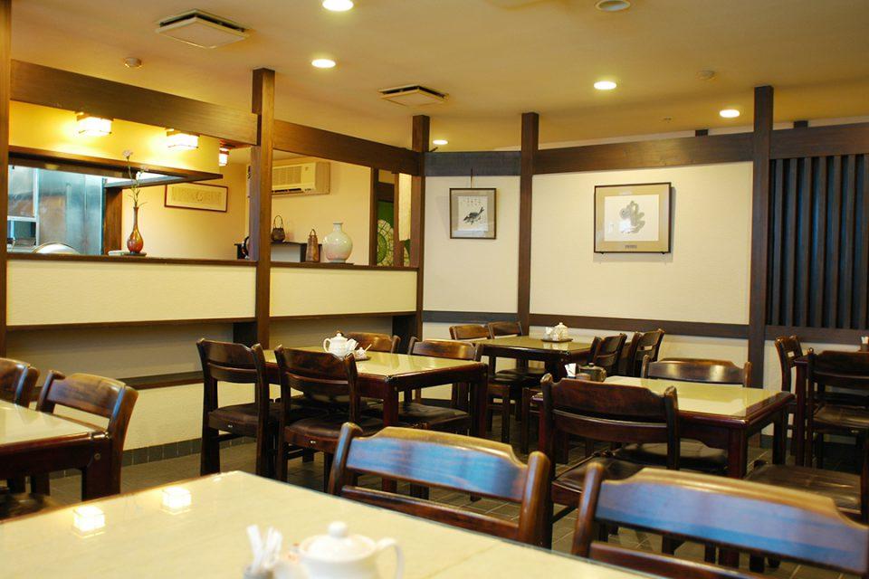 天ぷらひろみの店内