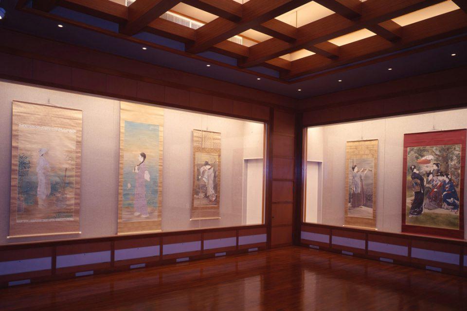 鏑木清方記念美術館の内観