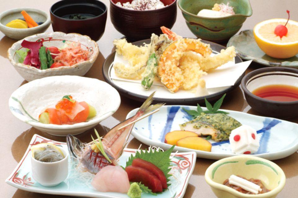 横浜みなとみらい万葉倶楽部の料理イメージ