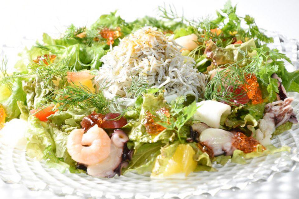 アマルフィデラセーラのサラダ