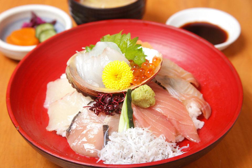 海鮮茶屋魚國の海鮮丼