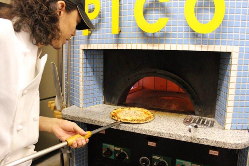 ピコ江ノ島店のピザ窯