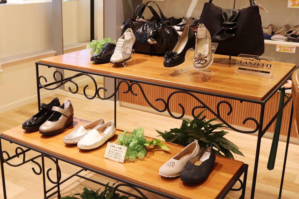 鎌倉靴コマヤ本店のレディース靴