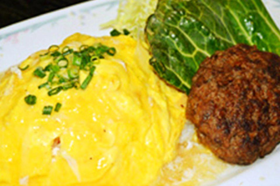 四季彩の米沢牛入りオムチャーハンと米沢牛のハンバーグセット