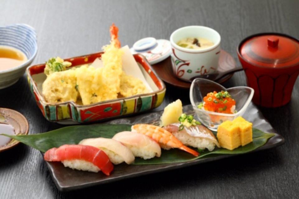 鎌倉こまち市場風凛の地魚のお寿司と天ぷら御膳
