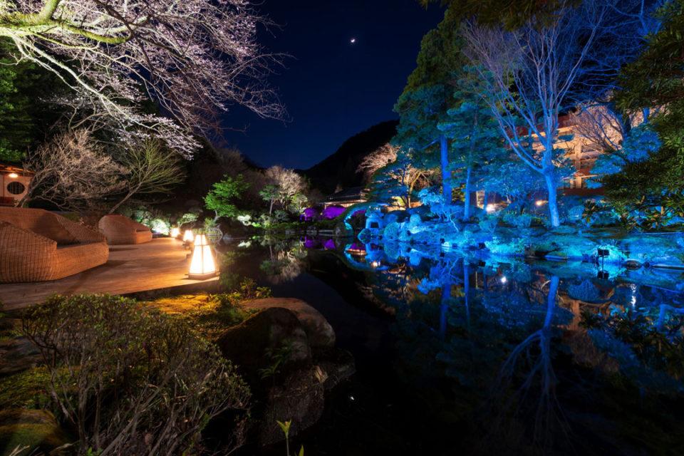 吉池旅館の山月園
