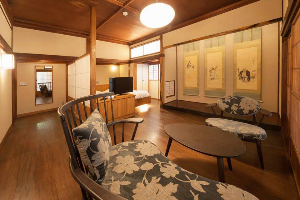 環翠楼別館の客室