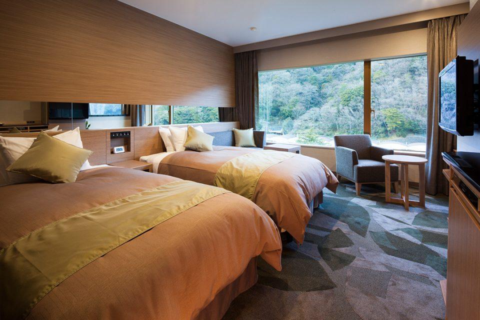 湯本富士屋ホテルのレインボープラザリバーサイドツイン