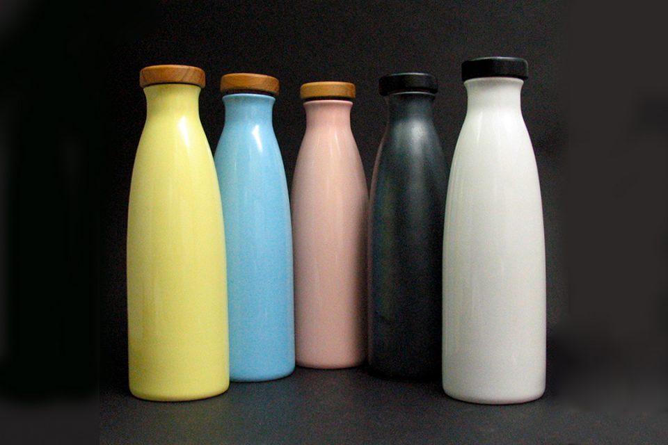 器と雑貨ラクの信楽焼ボトル