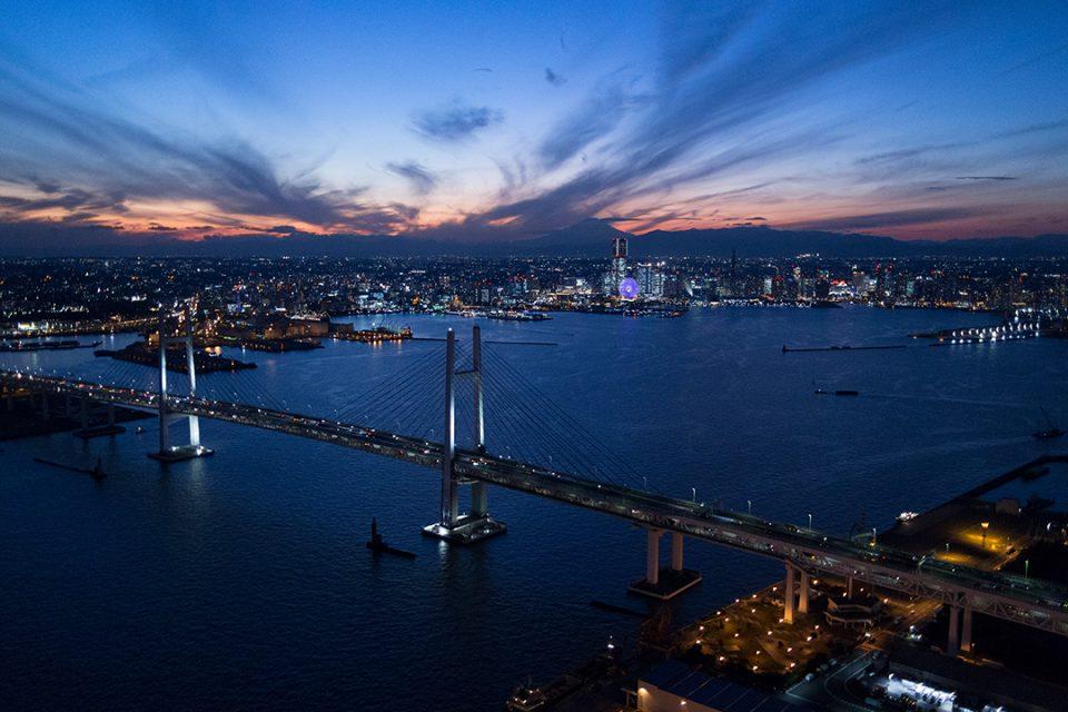 ヘリクルーズから眺める横浜の夜景4