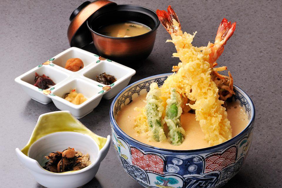 海老天ぷらとろろ天丼