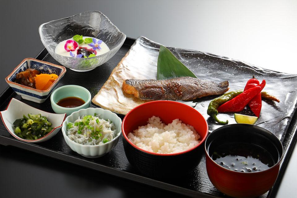 江の島ホテル_お食事_和朝食