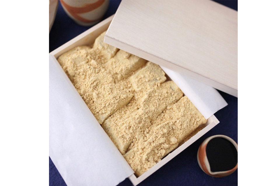 甘味処鎌倉のわらび餅