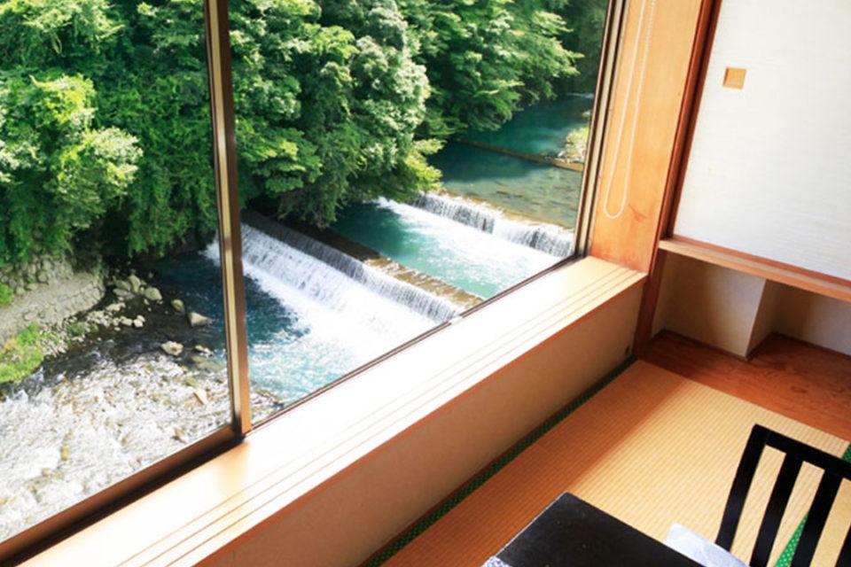 箱根水明荘の客室